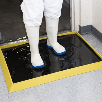 351/Sani-Trax PLUS Disinfectant Mat