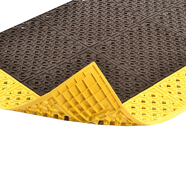 for Wet Areas NoTrax PVC Vinyl 522 Cushion-Lok Anti-Fatigue Drainage Mat Black 30 Width x 72 Length x 7//8 Thickness Superior Mfg 30 Width x 72 Length x 7//8 Thickness Group