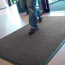 Guzzler Mat Entrance