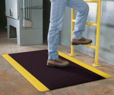 Supreme SlipTech Anti Fatigue Safety Mat by Commercial Mats and Rubber.com